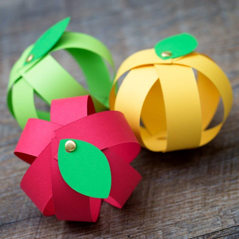 trispalviai obuoliukai